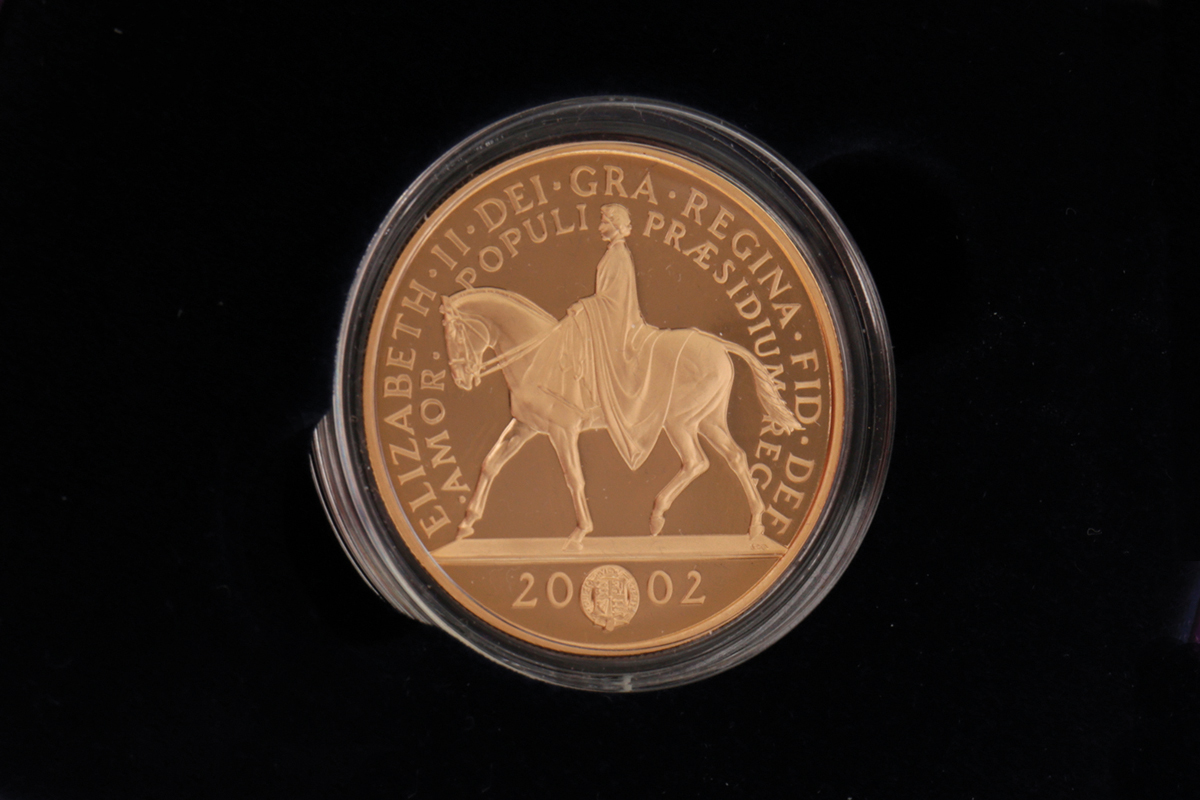 Lot 582 – HER MAJESTY THE QUEEN 1952 GOLDEN JUBILEE 2002 FIVE POUNDS GOLD PROOF COIN