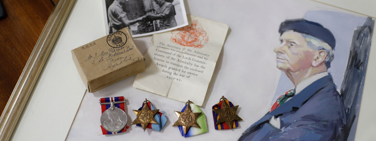 Medals & Militaria