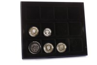 Lot 559 - FIVE VARIOUS PROOF COINS including a 50 pence...