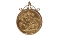 Lot 585 - GOLD SOVEREIGN DATED 1912
