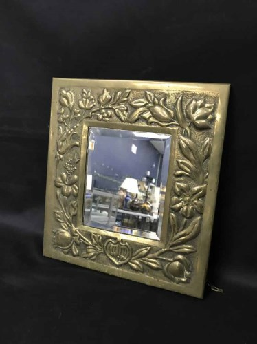 Lot 1-ARTS & CRAFTS STYLE MIRROR