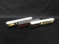 Lot 74 - LOT OF TRIANG RAILWAY LOCOMOTIVES, CARRIAGES,...