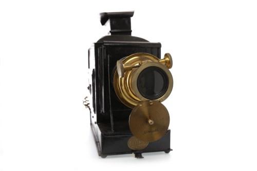 Lot 1424-EARLY 20TH CENTURY 'OPTIMUS' MAGIC LANTERN black...
