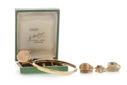 Lot 510-GENTLEMAN'S EARLY TWENTIETH CENTURY MASONIC...