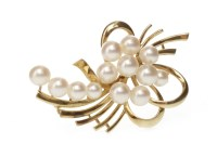 Lot 550 - 1960S PEARL SET BROOCH of open floral spray...