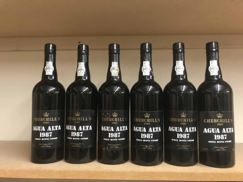 Lot 12-CHURCHILL'S AGUA ALTA 1987 Single Quinta (6)...
