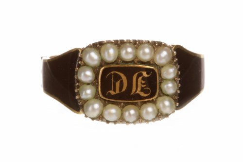 Lot 33-GEORGE III ENAMEL AND PEARL MOURNING RING the...
