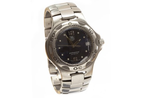 Lot 779-GENTLEMAN'S TAG HEUER PROFESSIONAL 200 METERS...