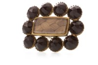 Lot 570 - EARLY NINETEENTH CENTURY MOURNING BROOCH with...