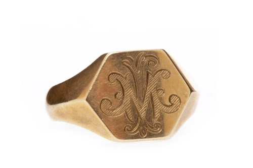 Lot 592-GENTLEMAN'S NINE CARAT GOLD SIGNET RING the...