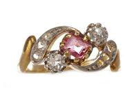 Lot 125 - AN EDWARDIAN DIAMOND AND GEM SET RING