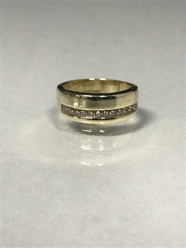 Lot 22-A DIAMOND SET WEDDING BAND