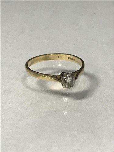 Lot 26-A DIAMOND SINGLE STONE RING