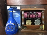 Lot 3-WHYTE & MACKAY TANTILUS SET AND WHYTE & MACKAY CERAMIC DECANTER