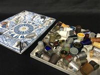 Lot 45-A WEDGWOOD RECTANGULAR COMPORT AND A COLLECTION OF THIMBLES