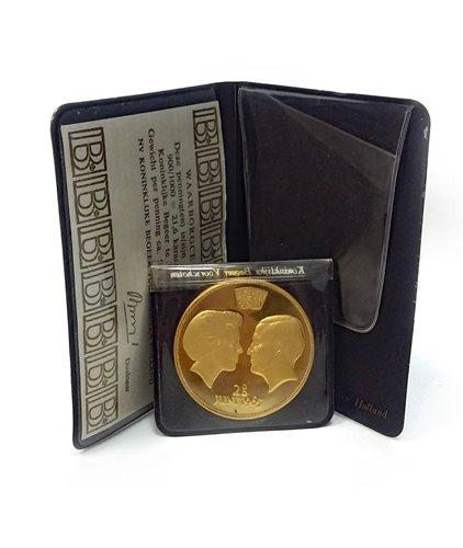 Lot 539 - A KONINKLUKE BEGEER VOORSCHOTEN GOLD COIN