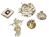 Lot 30-A COLLECTION OF SILVER JEWELLERY