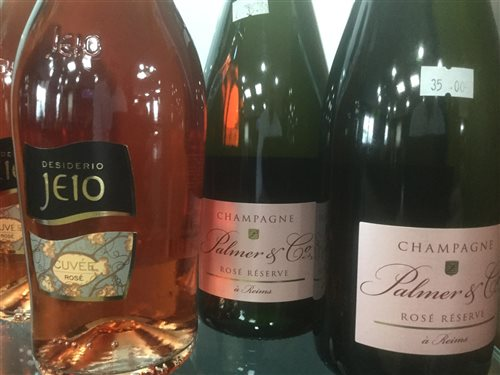Lot 14-A SELECTION OF CHAMPAGNE AND SPARKLING WINE - TWELVE BOTTLES