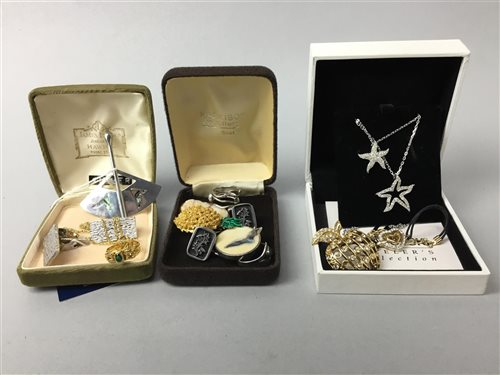 Lot 22-A GROUP OF SWAROVSKI AND OTHER JEWELLERY