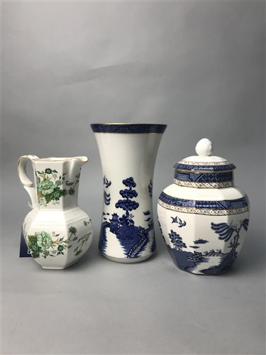 Lot 16-A LOT OF CERAMICS