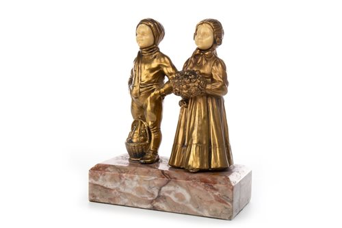 Lot 1662-AN ART DECO FIGURE GROUP OF TWO CHILDREN