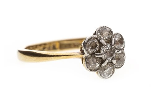 Lot 31-A DIAMOND FLORAL CLUSTER RING