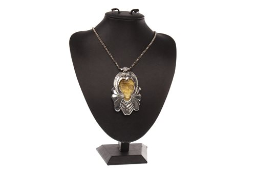 Lot 35-AN IMPRESSIVE SCOTTISH SILVER AND AMBER PENDANT ON CHAIN BY DOMHMULL DEAN