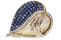 Lot 19-A SAPPHIRE AND DIAMOND HEART SHAPED BROOCH