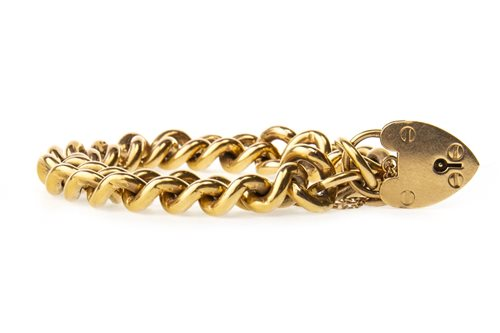 Lot 18-A NINE CARAT GOLD BRACELET