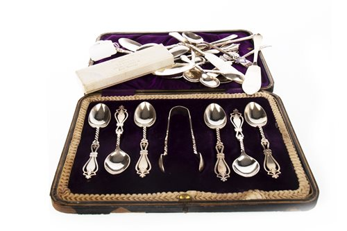 Lot 846 - A SET OF SIX EDWARDIAN SILVER COFFEE SPOONS WITH OTHER SILVER SPOONS
