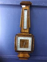 Lot 30-AN EARLY 20TH CENTURY BAROMETER