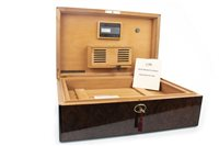 Lot 1601-A DANIEL MARSHALL TREASURE CHEST 150 COUNT HUMIDOR