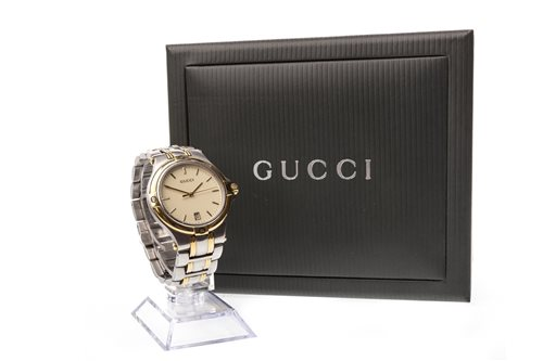 Lot 756-A GENTLEMAN'S GUCCI STAINLESS STEEL WATCH