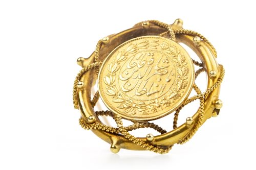 Lot 512-A PERSIAN COIN MOUNTED IN A BROOCH