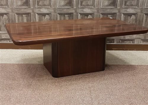 Lot 1649-A DANISH ROSEWOOD TABLE BY JENSEN FROKJAERAS