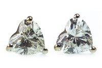 Lot 140 - A PAIR OF DIAMOND STUD EARRINGS