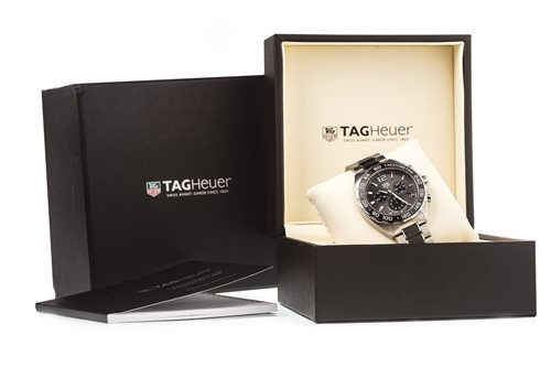 Lot 772 - A GENTLEMAN'S TAG HEUER FORMULA 1 WRIST WATCH