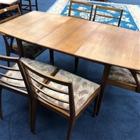Lot 31-A RETRO TEAK DINING TABLE AND CHAIRS