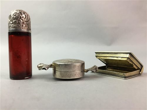 Lot 15-A VINAIGRETTE, SILVER SWEETIE PILL BOX AND A PERFUME BOTTLE