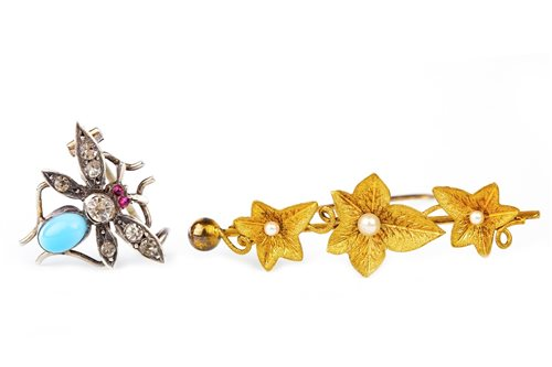 Lot 69-AN EDWARDIAN PASTE FLY MOTIF BROOCH AND A VICTORIAN GOLD BROOCH