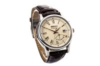 Lot 767-A GENTLEMAN'S SEIKO KINETIC WATCH