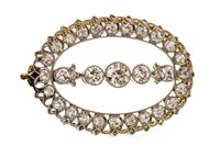Lot 5-AN EDWARDIAN DIAMOND BROOCH