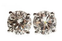 Lot 4-A PAIR OF DIAMOND STUD EARRINGS