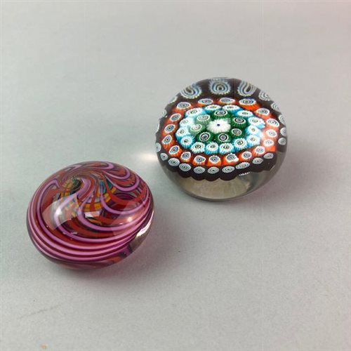 Lot 21-A LOT OF GLASS PAPERWEIGHTS