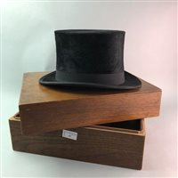 Lot 47-A VINTAGE TOP HAT