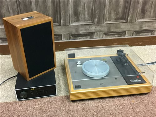 Lot 1428 - A LINN SONDEK LP12 RECORD PLAYER WITH RELATED EQUIPMENT