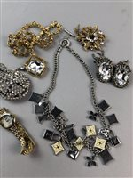 Lot 17-A GEM SET NECKLACE AND OTHER COSTUME JEWELLERY