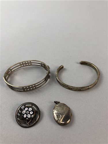 Lot 6-A LOT OF TWO SILVER BANGLES, A SILVER BROOCH AND A LOCKET