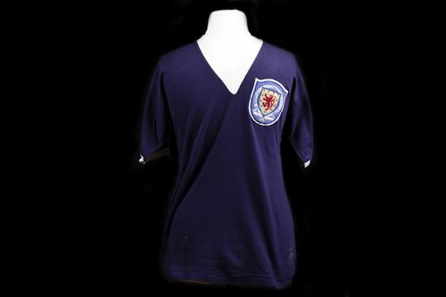 Lot 1912-TOMMY GEMMELL OF ST MIRREN F.C., HIS 1955 SCOTTISH INTERNATIONAL JERSEY