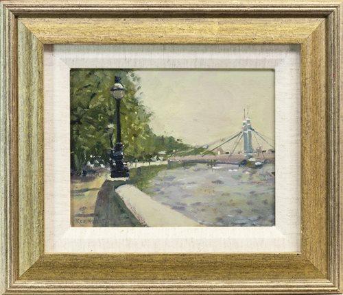 Lot 681 - HAMMERSMITH BRIDGE, AN OIL BY KEN HOWARD